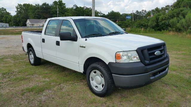 2008 FORD F-150 XL 4X2 4DR SUPERCREW STYLESIDE 6 white full four doors gives you a lot of extra s