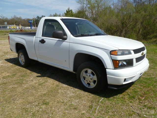 2008 CHEVROLET COLORADO 2WD LS white this is a great little run-a-round truck that will save you