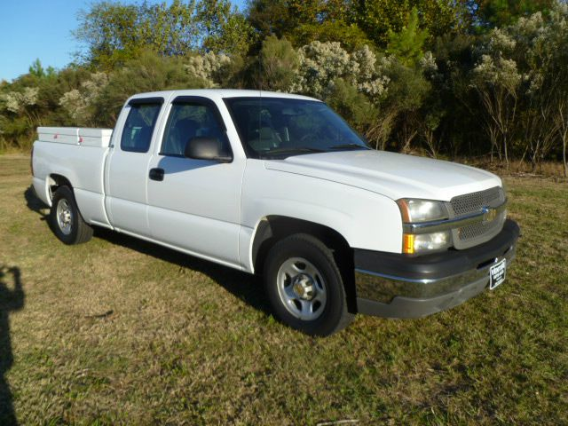 2004 CHEVROLET SILVERADO 1500 EXT CAB SHORT BED 2WD white cross  side weatherguard tool boxes th