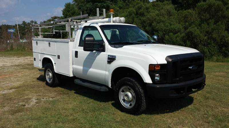 2009 FORD F350 XL 4X4 SERVICE TRK 2DR REG CAB SUPER DUTY SRWH white this is one good looking serv