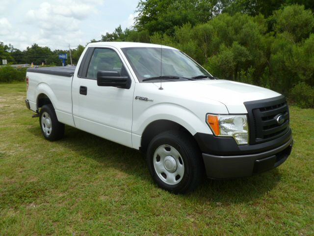 2009 FORD F-150 2WD REG CAB SHORT BED white regular cab short bed with a hard tonneau cover to pr