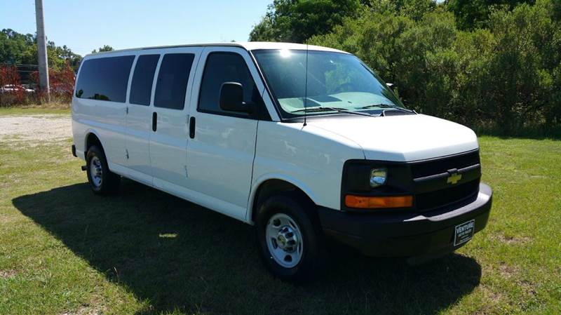 2011 CHEVROLET EXPRESS PASSENGER LS 3500 3DR EXTENDED PASSENGER V white big family no problem wi