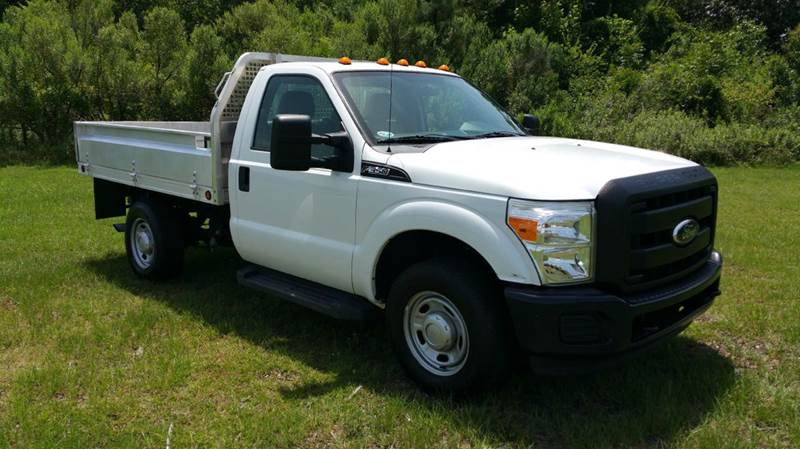 2011 FORD F-350 SUPER DUTY FLAT BED XL 4X4 REG CAB 9FT FLAT white 9ft aluminum flat bed with fold