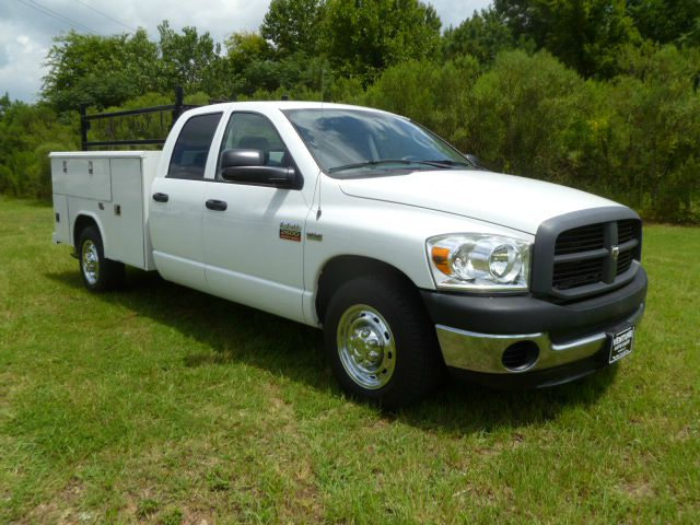 2007 DODGE RAM 2500 QUAD SERVICE 4DR 2WD SERVICE BODY white extra clean  very hard to find crew c