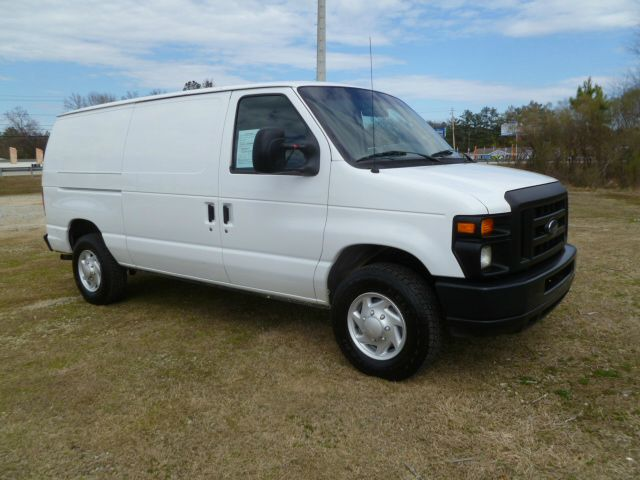 2008 FORD ECONOLINE E-250 CARGO VAN white this van is a one owner fleet van that has been well mai
