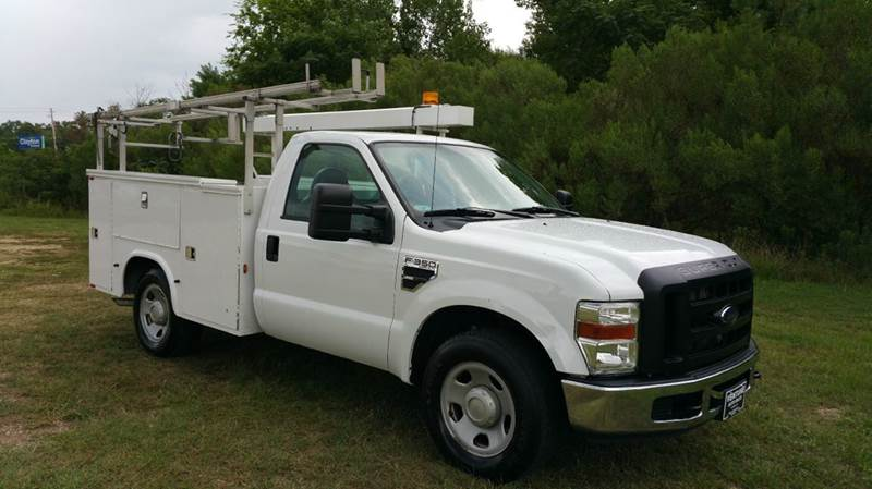 2009 FORD F350 XL SERVICE TRUCK 2DR 2WD white if you like to be organized this is your truck k