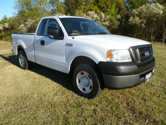 2006 FORD F150 XL 2WD white fleet preowned with an excellent maintenance program rear doors for