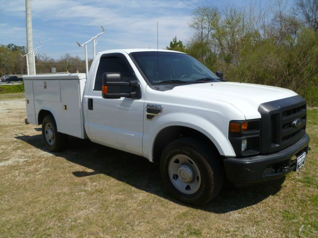 2009 FORD F250 XL SERVICE TRUCK 2WD REG CAB white reading service body with flip tops  a ladder r