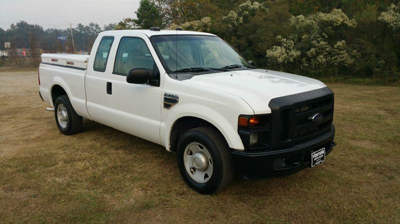 2008 FORD F-250 SUPER DUTY XL 4DR SUPERCAB SB white this is a really nice 4dr extended cab short