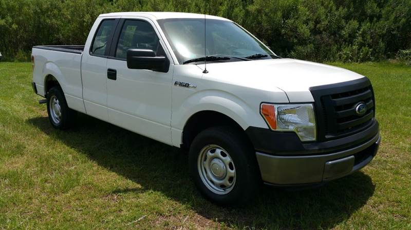 2011 FORD F-150 XL 4X2 4DR SUPERCAB STYLESIDE 6 white this truck is exceptionally clean inside