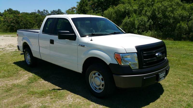 2013 FORD F-150 XL 4X2 4DR SUPERCAB STYLESIDE 6 white 4dr extended cab with a short bed this is