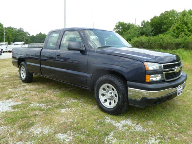 2006 CHEVROLET SILVERADO 1500 LS EXT CAB LONG BED 2WD dark blue fleet preowned with an excellent