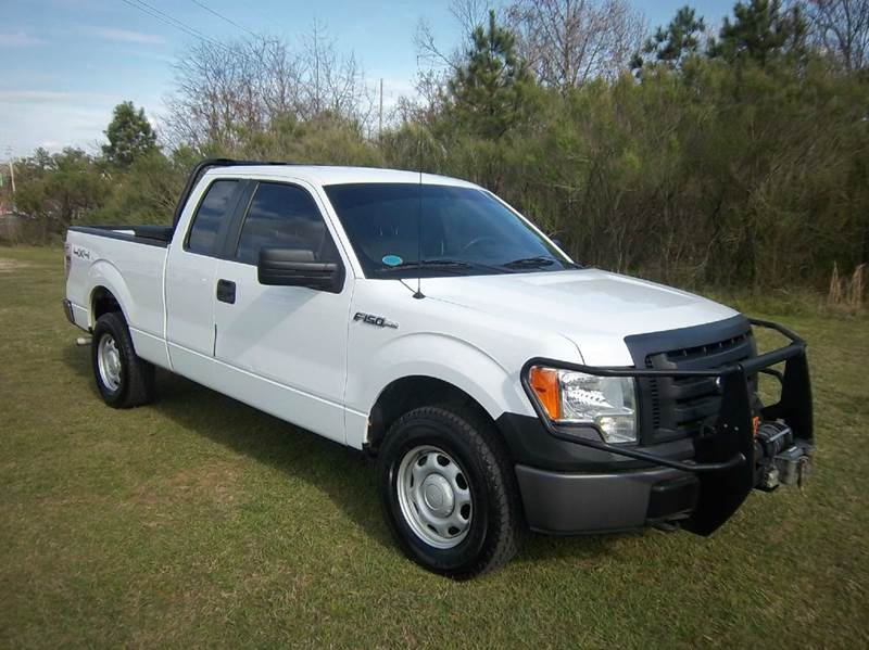 2010 FORD F-150 XL 4X4 4DR SUPERCAB STYLESIDE 6 white 4x4 extended cab makes a wonderful off ro