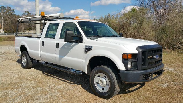 2008 FORD F-350 SUPER DUTY XL 4DR CREW CAB 4WD LB white this truck has everything you need in a gr