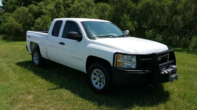 2009 CHEVROLET SILVERADO 1500 4X4 4DR EXTENDED CAB 65 FT SB white this truck is built to work w