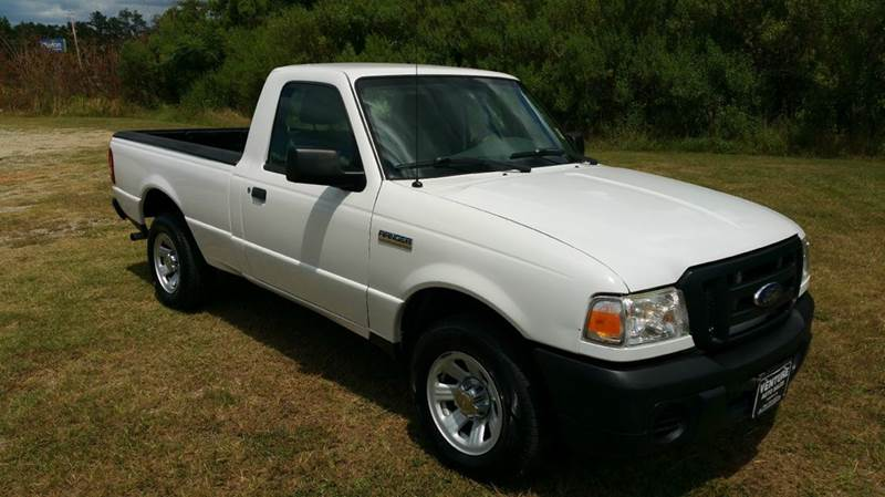2011 FORD RANGER XL 4X2 2DR REGULAR CAB SB white one owner fleet truck that has been very well ma
