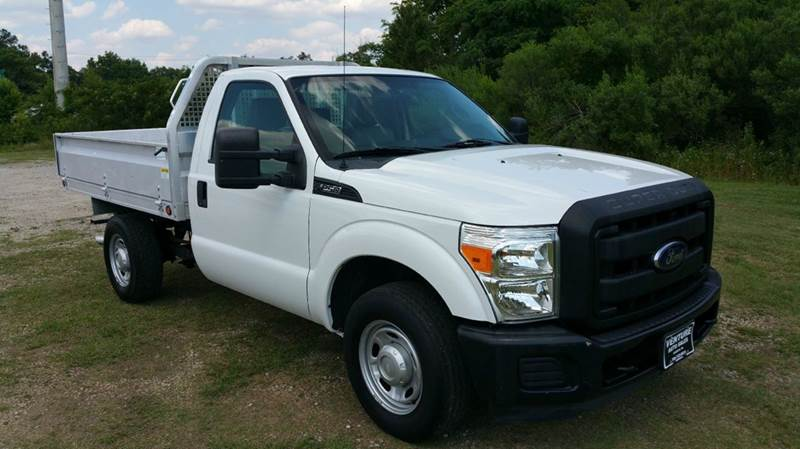 2012 FORD F-250 SUPER DUTY XL 4X2 2DR REGULAR CAB 8 FT FLA white looking for a truck with an unu