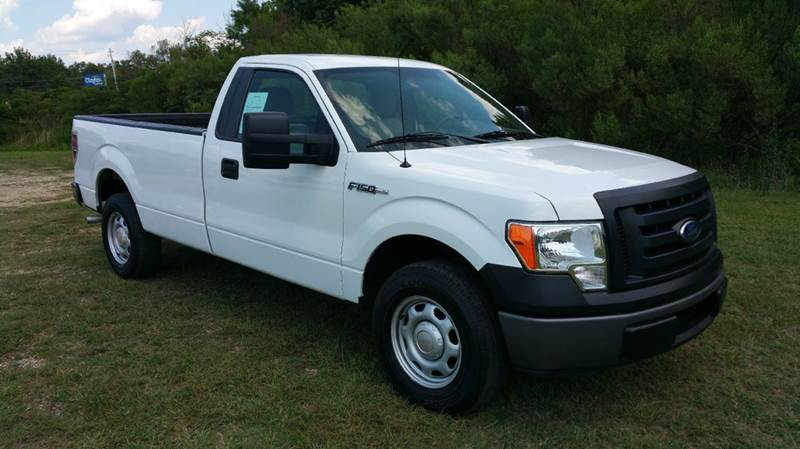 2010 FORD F-150 XL 4X2 2DR REGULAR CAB STYLESIDE white regular cab with a long bed is a hard to f