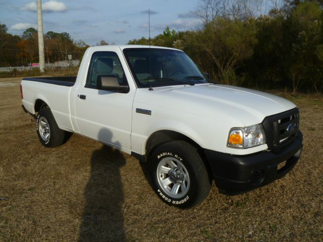 2010 FORD RANGER XL 2WD white this is a one owner fleet truck that has been well maintained extr
