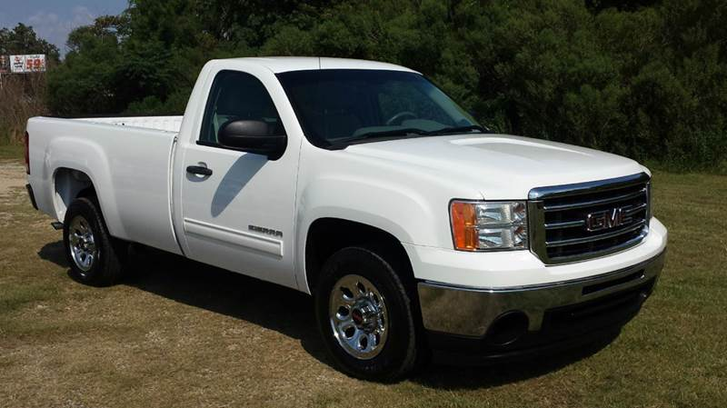 2012 GMC SIERRA 1500 SLE 4X2 2DR REGULAR CAB 8 FT LB white this truck has got the look chrome