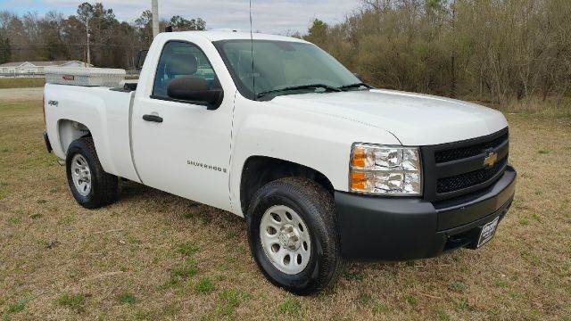 2007 CHEVROLET SILVERADO 1500 2DR REGULAR CAB 4WD 65 FT SB white 4x4 regular cab short bed wou