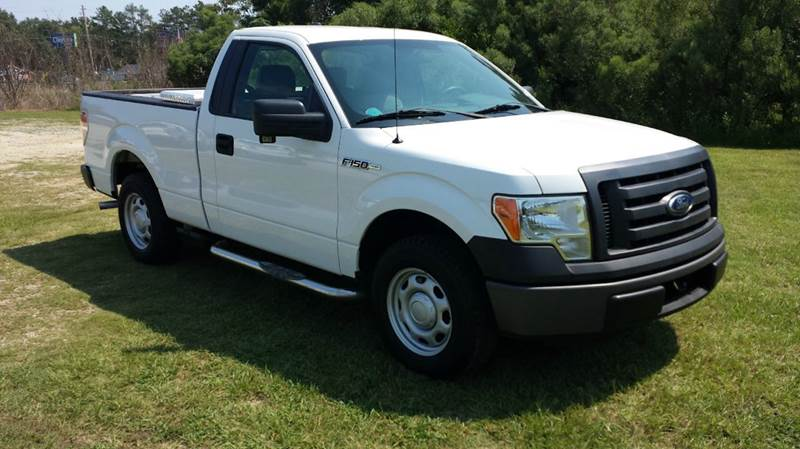 2011 FORD F-150 XL 4X2 2DR REGULAR CAB STYLESIDE white 2011 f150 regular cab short bed with pow