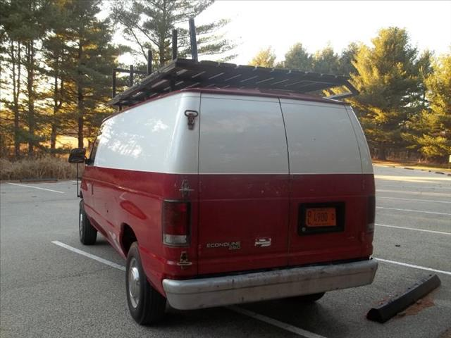 1996 Ford Econoline E-250 - Wadsworth IL