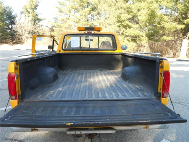 1997 Ford F-250 HD REG CAB 133.0'' WB - Wadsworth IL