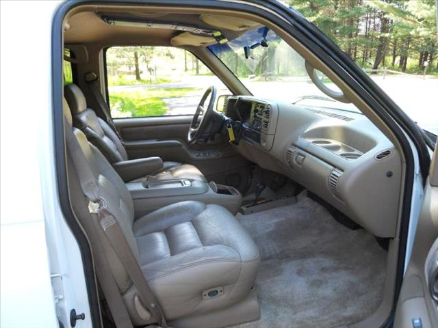 1995 Chevrolet Suburban 1500 - Wadsworth IL