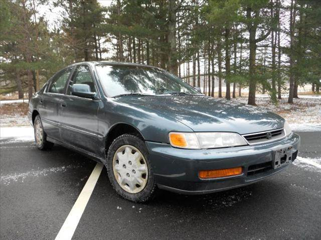 1996 Honda Accord LX MANUAL   Wadsworth IL