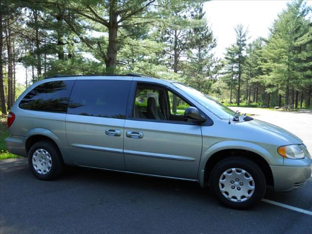 2003 Chrysler Town & Country LX FWD - Wadsworth IL