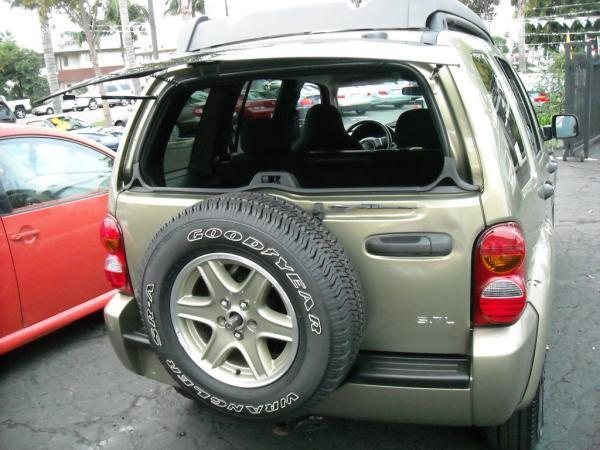 2003 Jeep Liberty  - SOUTH GATE CA