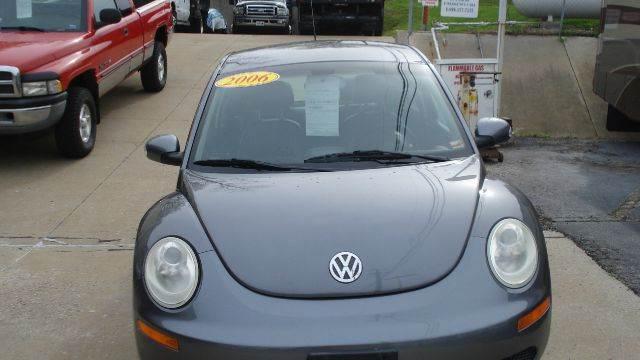 Volkswagen new beetle for sale in missouri for Car city motors st joseph mo
