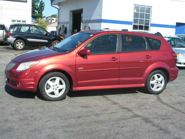 2007 pontiac vibe base hatchback in concord bow canterbury. Black Bedroom Furniture Sets. Home Design Ideas