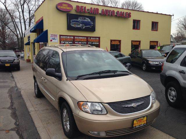 2001 chrysler town and country limited awd 4dr minivan in milford new york hartford bel air auto. Black Bedroom Furniture Sets. Home Design Ideas