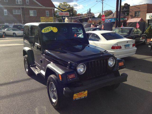 1997 jeep wrangler for sale in milford ct. Black Bedroom Furniture Sets. Home Design Ideas