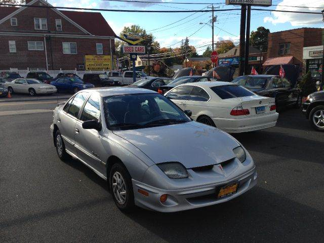 Used pontiac sunfire for sale for Payless motors lansing mi