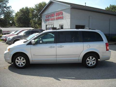 2008 Chrysler Town and Country for sale in Bluffton, IN
