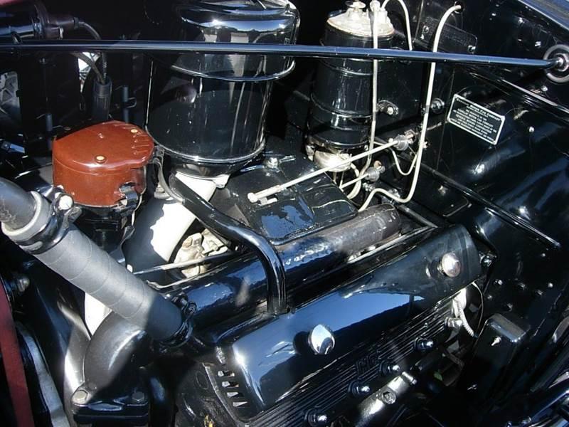 1931 Cadillac Convertible 13