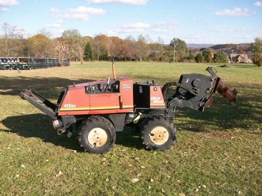 2002 Ditch Witch  410SX Vibority Plow