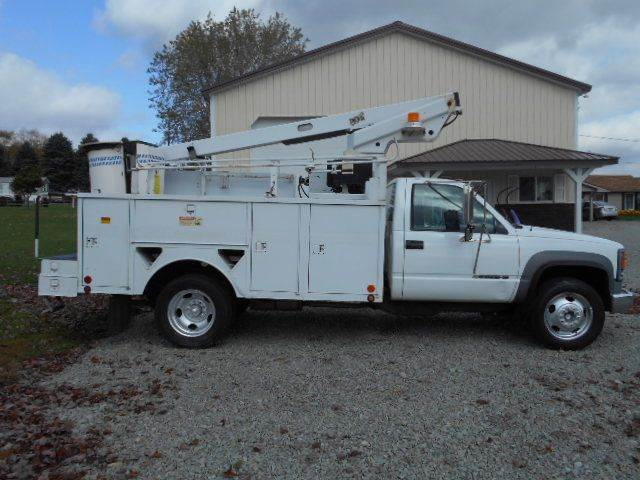 2000 CHEVY  Arial Bucket Truck 3500HD