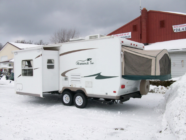 2006 Flagstaff Shamrock 23' with Slide, Sleeps 8+