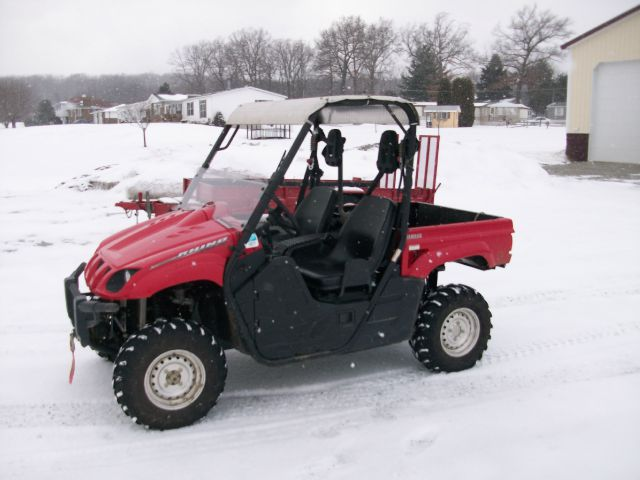 2011 Yamaha Rhino  4X4 Side By Side