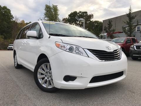 2013 Toyota Sienna for sale in Auburn MA