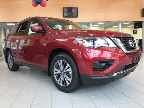 2017 Nissan Pathfinder for sale in Auburn, MA