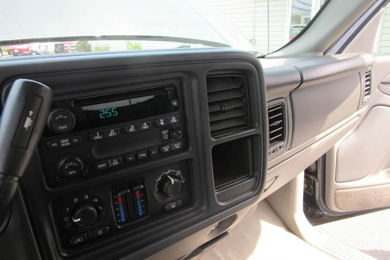 2005 Chevrolet Avalanche  Z71 Crew Cab 4X4 - 80 k miles - Michigan City IN