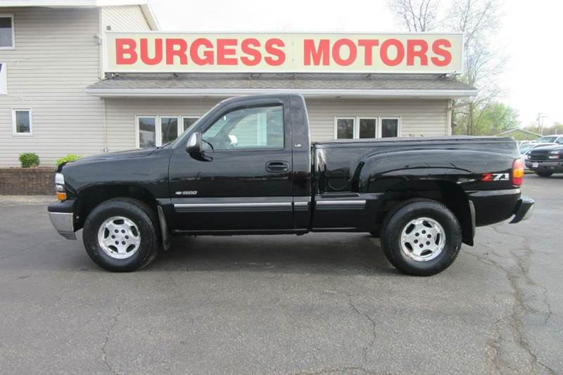 2001 Chevrolet Silverado 1500 LS 4X4 - Step Side - Your Pride & Joy - Michigan City IN