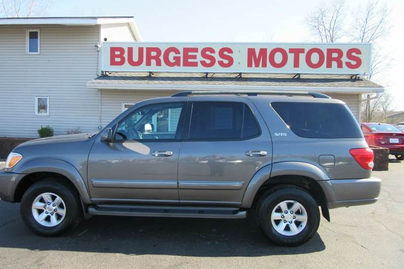 2005 toyota sequoia sr5 4wd leather rear entertainment in michigan city in burgess motors inc. Black Bedroom Furniture Sets. Home Design Ideas