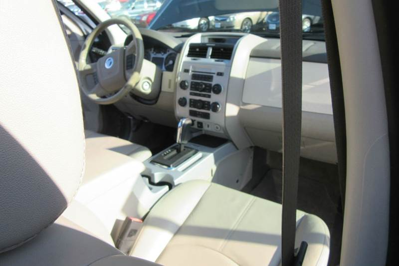 2009 Mercury Mariner SUV - $197.76 /month w $188 down  - Michigan City IN