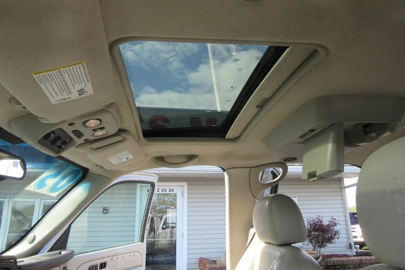 2005 Cadillac Escalade AWD / Navigation / Rear Entertainment / Sunroof  -- $248.42 /month  - Michigan City IN